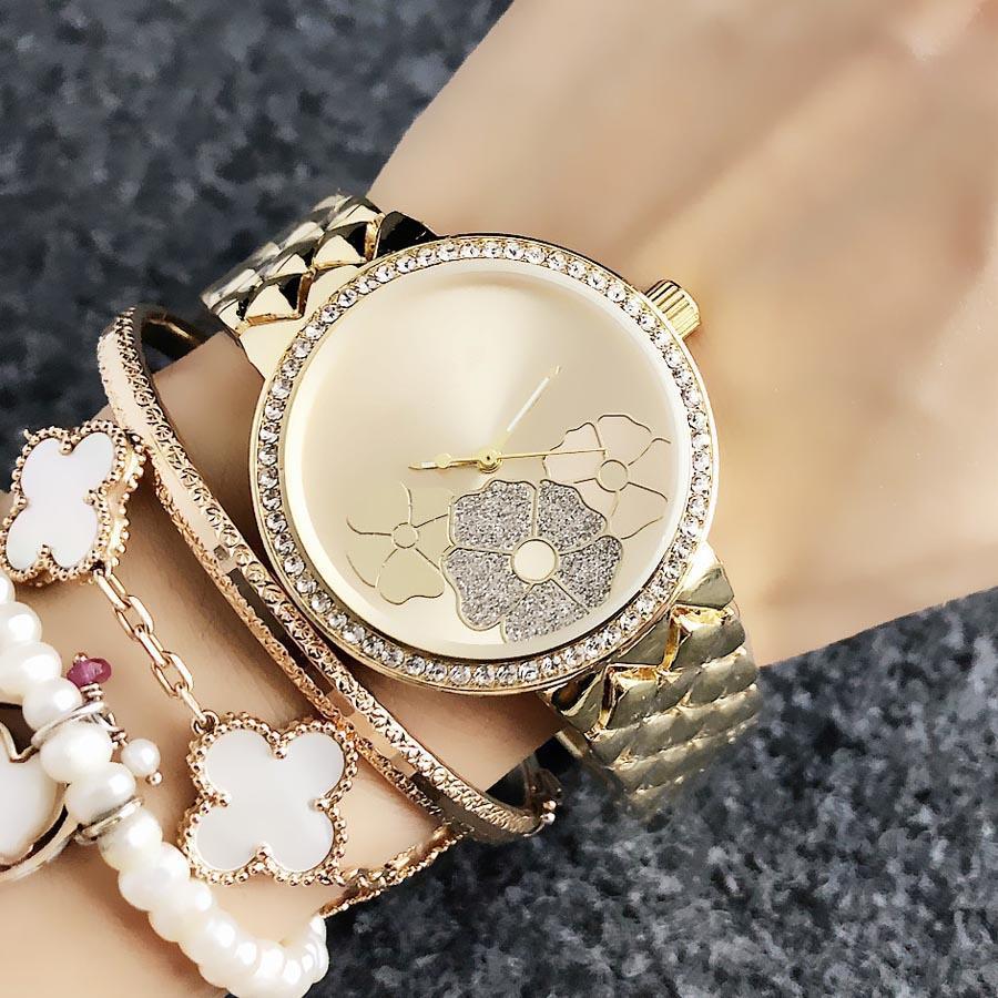 أزياء العلامة التجارية الساعات النساء فتاة زهرة تصميم المعادن الصلب الفرقة الكوارتز المعصم ووتش M70