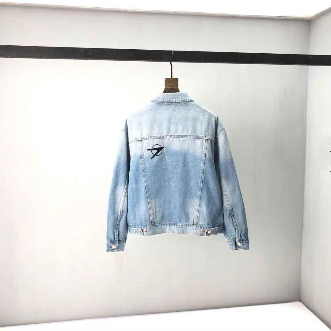 2021ss Spring and Summer Nouveau Coton de haute qualité Impression à manches courtes T-shirt T-shirt Tableau: M-L-XL-XXL-XXXL Couleur: Noir Blanc NNBSSSS7D