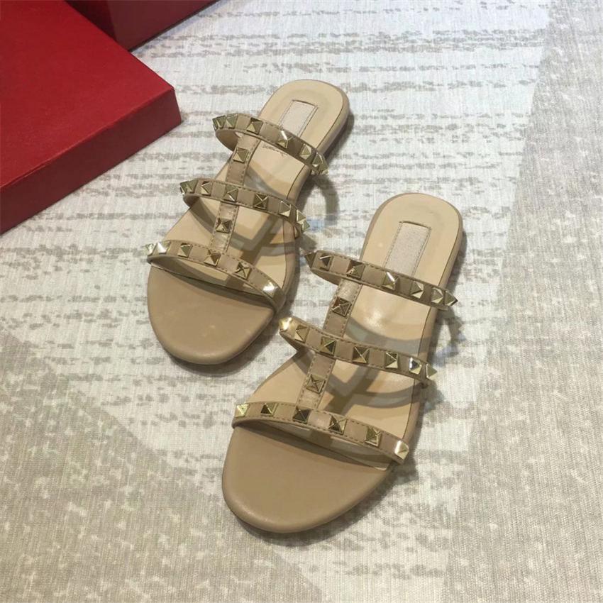 Fino cinta rebite design de luxo mulheres chinelos verão fashion sandálias romanas de alta qualidade couro praia férias lazer chinelos flat