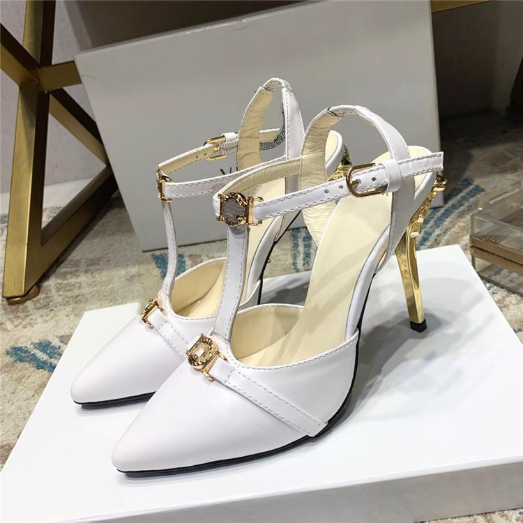 Top Quality 2021 Sapatos de vestido de luxo estilo designer sandálias de couro de patente de couro de salto alta letra única sexy ver08