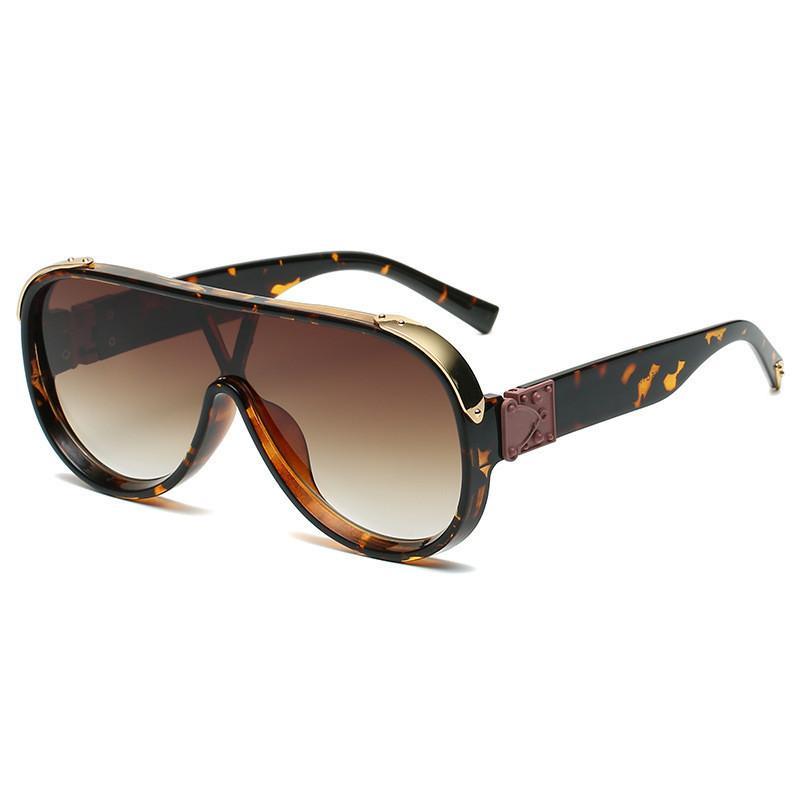 2021 Nuevas gafas de sol de escudo de moda para mujeres Viajes Vintage Oversized Sun Glasses Hombres UV400 Hip Hop Gafas Black