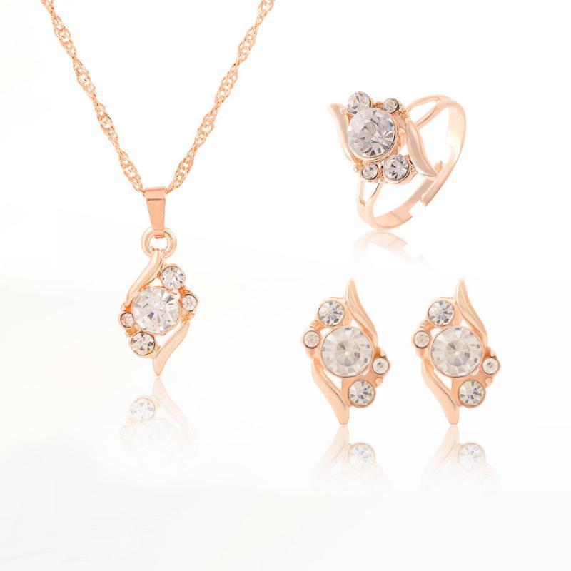 Set di gioielli da sposa Set colorato Collana di cristallo Anello per orecchini Set Elegante Cavallo Eye Pendant Anniversary Gold Color