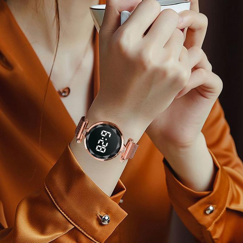 Wristwatches Luxury Digital Magnet Watches For Women Rose Gold Stainless Steel Dress LED Quartz Watch Female Clock Relogio Feminino Drop Shi