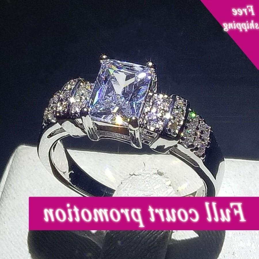 Boyutu 6-10 Marka Yeni Moda Takı 10 KT Beyaz Altın Dolgulu Prenses Kesim Temizle 5A Zirkonya CZ Kare Kadınlar Düğün Band Yüzük Zehir