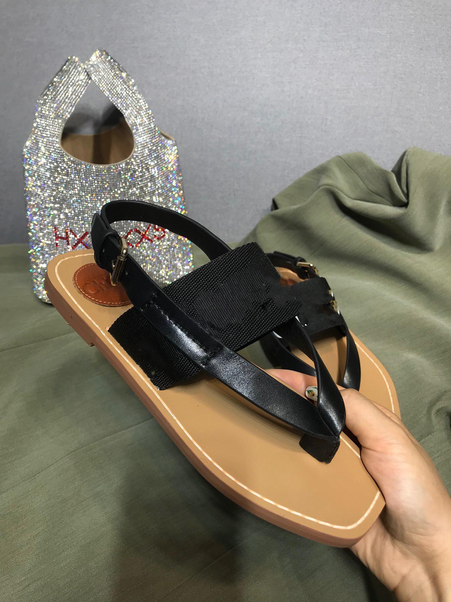 2021 Bahar ve Yaz Yeni Moda Mizaç Roma Ayakkabı, Bayan Sandalet, Flip-floplar, Sandaletler, High-end Kaliteli Deri Malzeme Ekleme