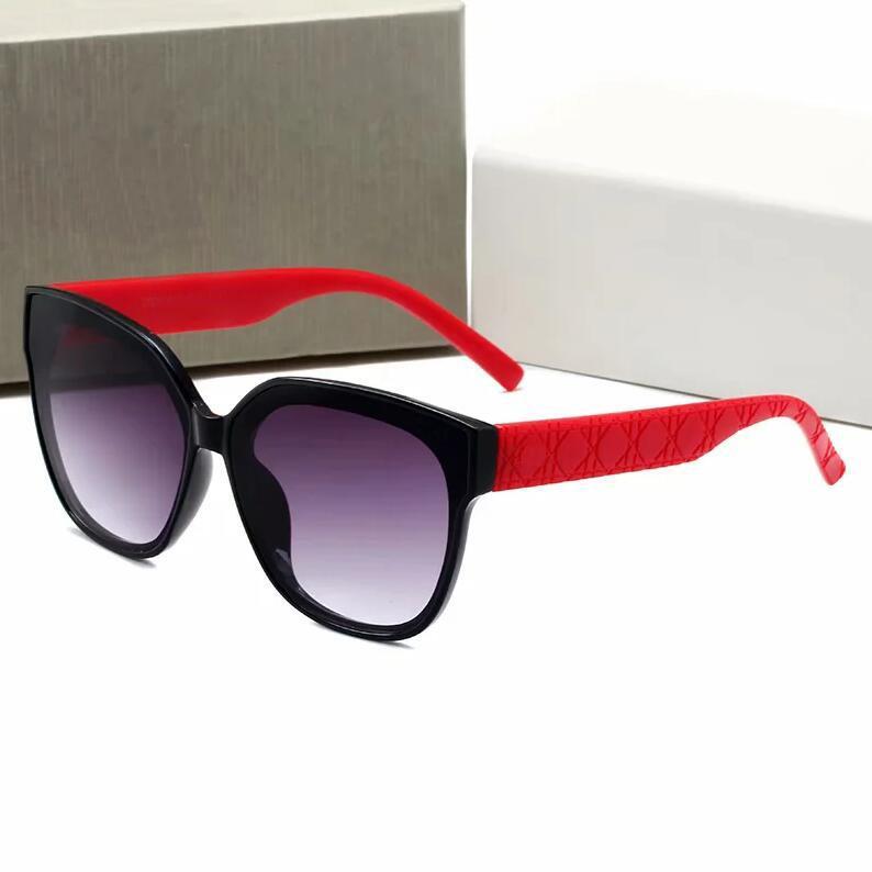 Mulheres Europeias e americanas Mulheres Design Luxo 2731 Óculos de sol para elegante clássico UV400 de alta qualidade verão ao ar livre condução praia lazer