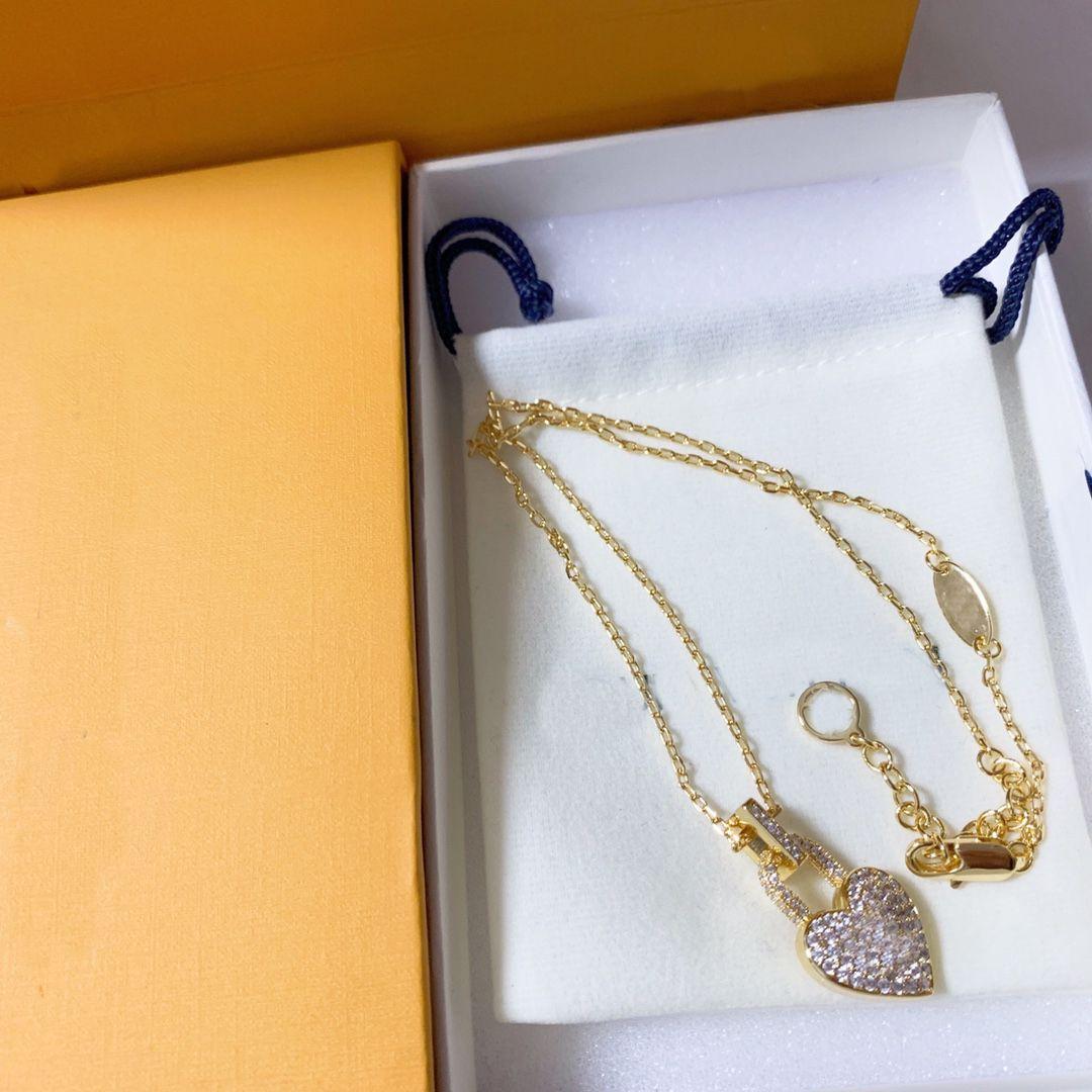 Женщины дизайнеры кулон ожерелья кристаллическое сердце ожерелье годовщины подарок модные подвески ювелирные изделия 2 стилей с коробкой