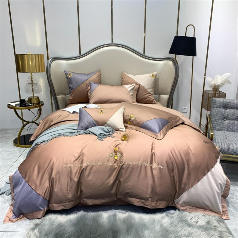 Bettwäsche-Sets 100s High Density Baumwolle Gestickte Krone Bienen Patchwork Rosa Blau Kamel Bunte Bettdecke King Geometrische Stil Bettdecke