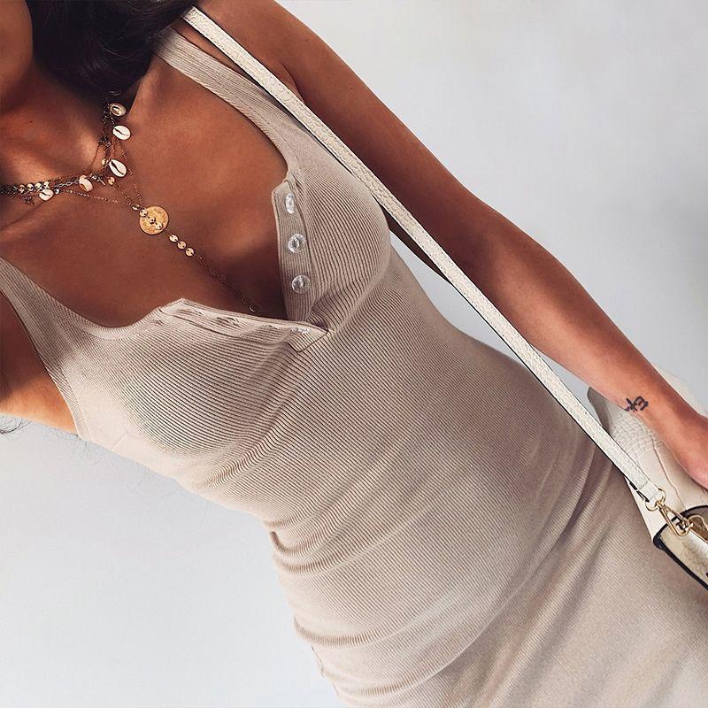 Платье с длиной колена вязаное эластичное без рукавов Bodycon Элегантные женщины 2021 Летний Сексуальный V-образным вырезом Партия Тонкие платья