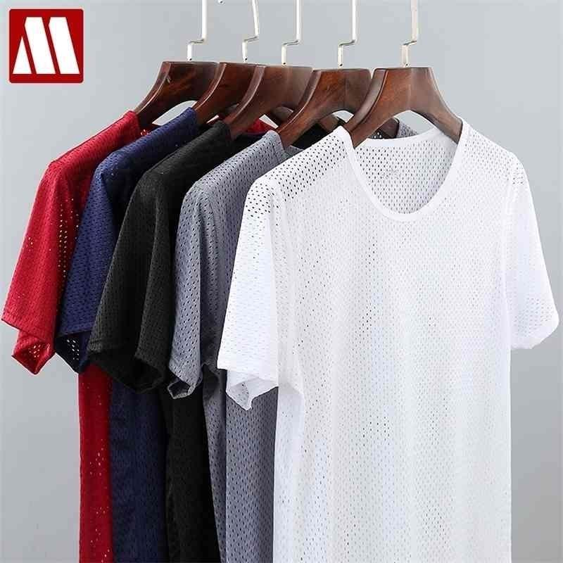 남자의 솔리드 메쉬는 Fishnet 티셔츠를 통해 티셔츠를 훑어보기 Tshirt 투명한 섹시한 짧은 소매 4XL 넥 5 색 Mydbsh 210329