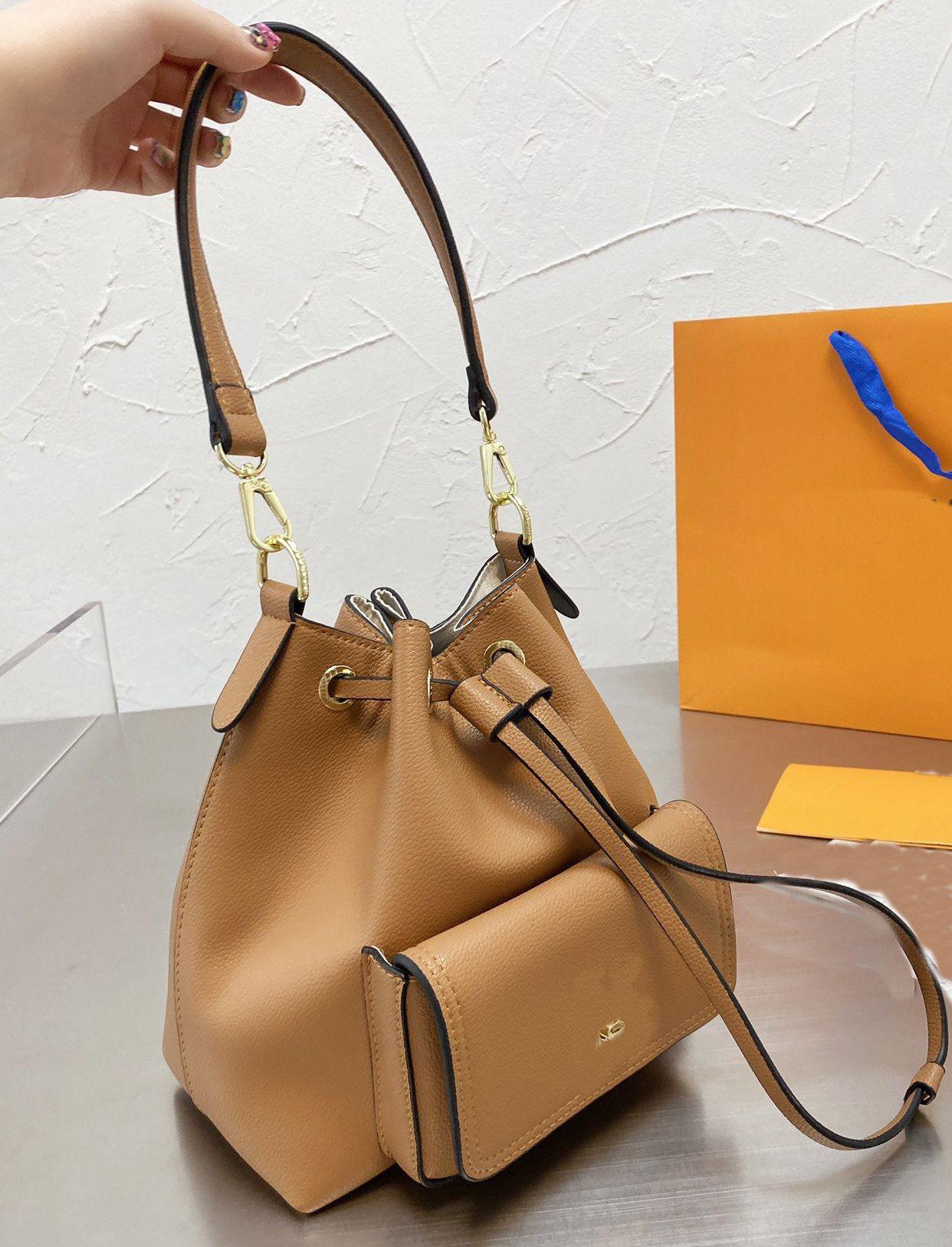 Designer Crossbody Tote Borsa a tracolla Messenger Handbag Portafoglio Sella borsa Lvlouis Vutton Zaino con logo Gucci A27