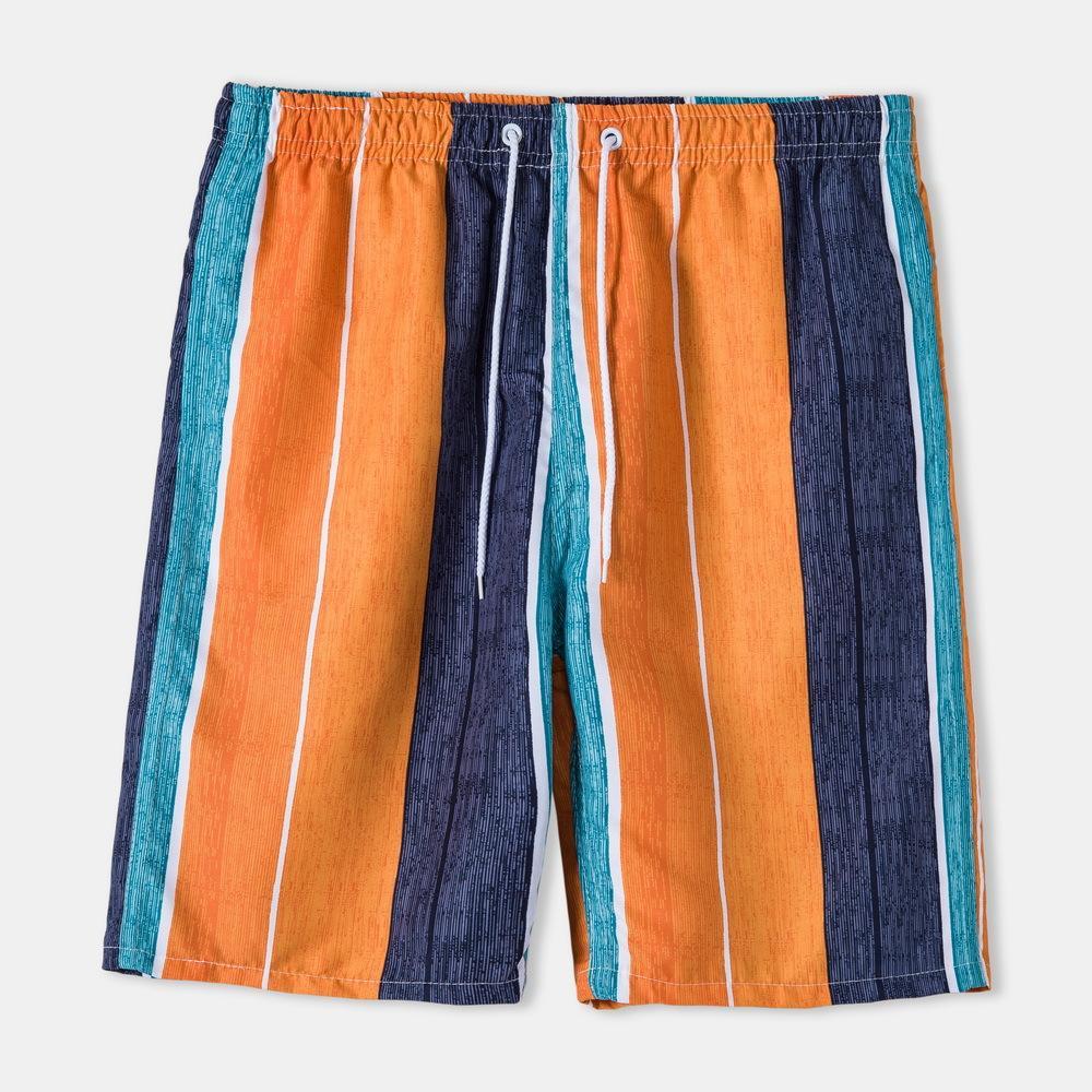 أزياء السراويل الصيف فضفاضة تنفس مخطط خمس نقاط السراويل رجل جودة عالية الاتجاه مستقيم السراويل الشاطئ عارضة