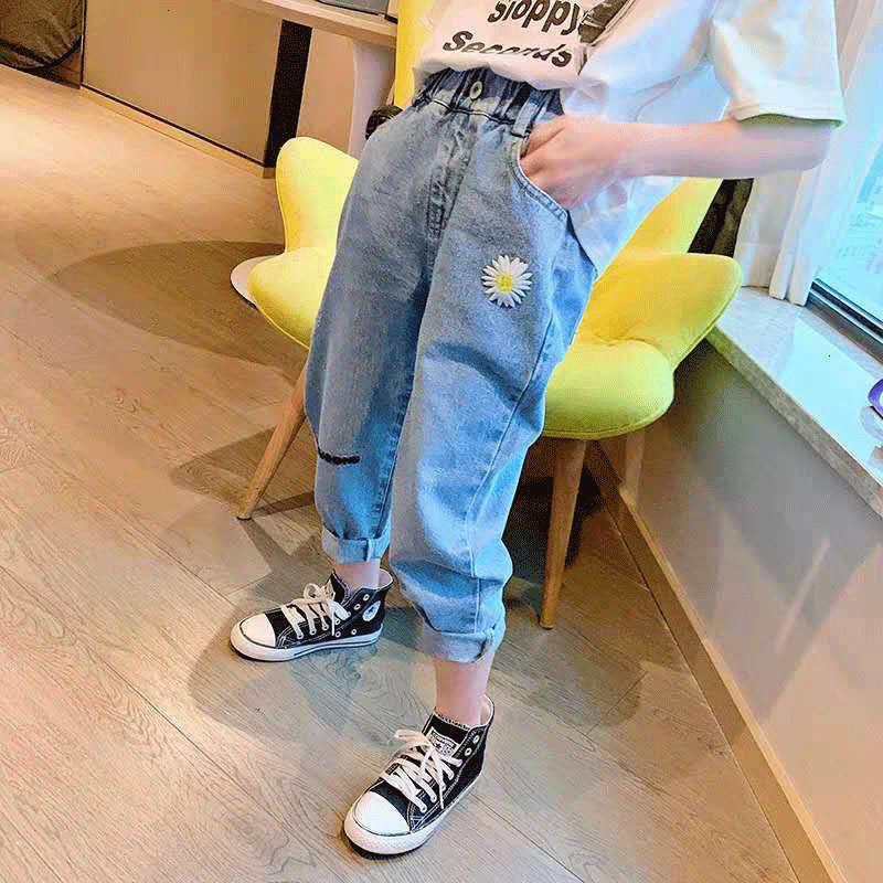 Girls 'Hose, Jeans, Baggy Daddy's Hose 2021 Neue Stil der chinesischen Universität Kinder Frühlingsmode