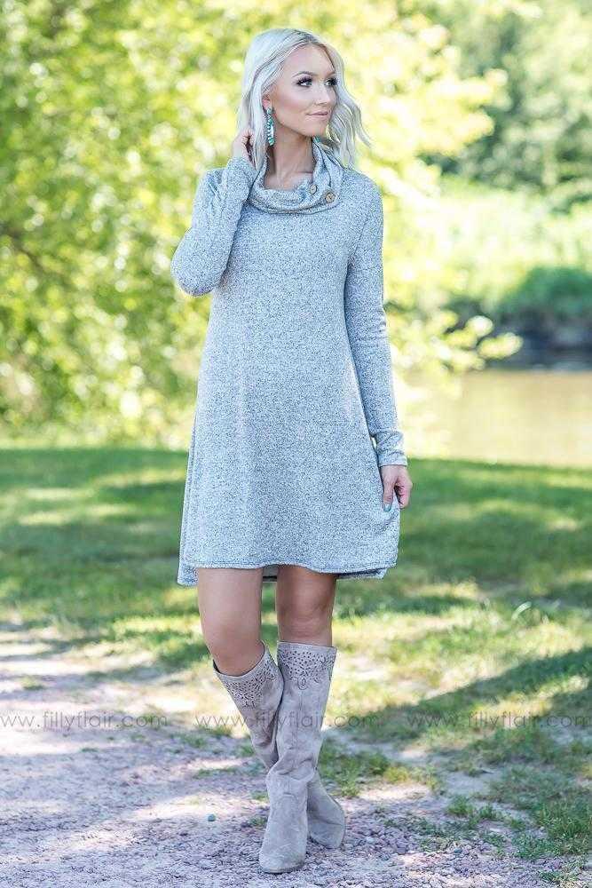 2019 New Autumn Solid Sleeve High Collar Women's Long T-shirt