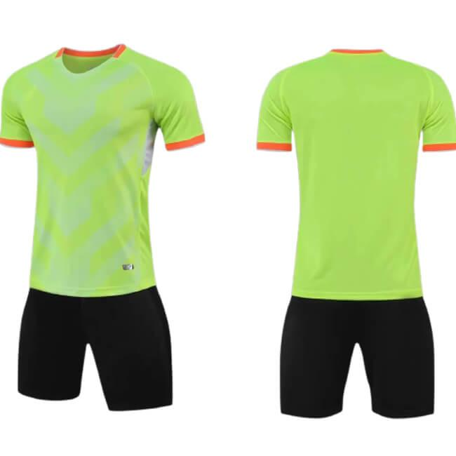 Benutzerdefinierte Fussball Trikots Kits personalisierte Team Logo Name Nummer Sponsor Druckfußball Hemden Shorts Männer Sporttraining Uniform Erwachsene Grüne Sets