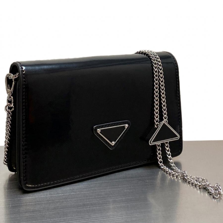 럭셔리 디자이너 어깨 가방 고품질 핸드백 여성 클러치 Siver 체인 크로스 바디 삼각형 사인 메신저 가방 지갑 선물 상자 4 색 19cm * 10cm P1001