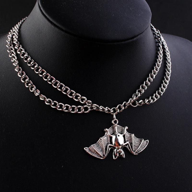 Gothic Octopus Bat Pendentif Collier Pour Femmes Charm Fashion Creative Cool Anime Coukers Bijoux Cadeaux Colliers de fête