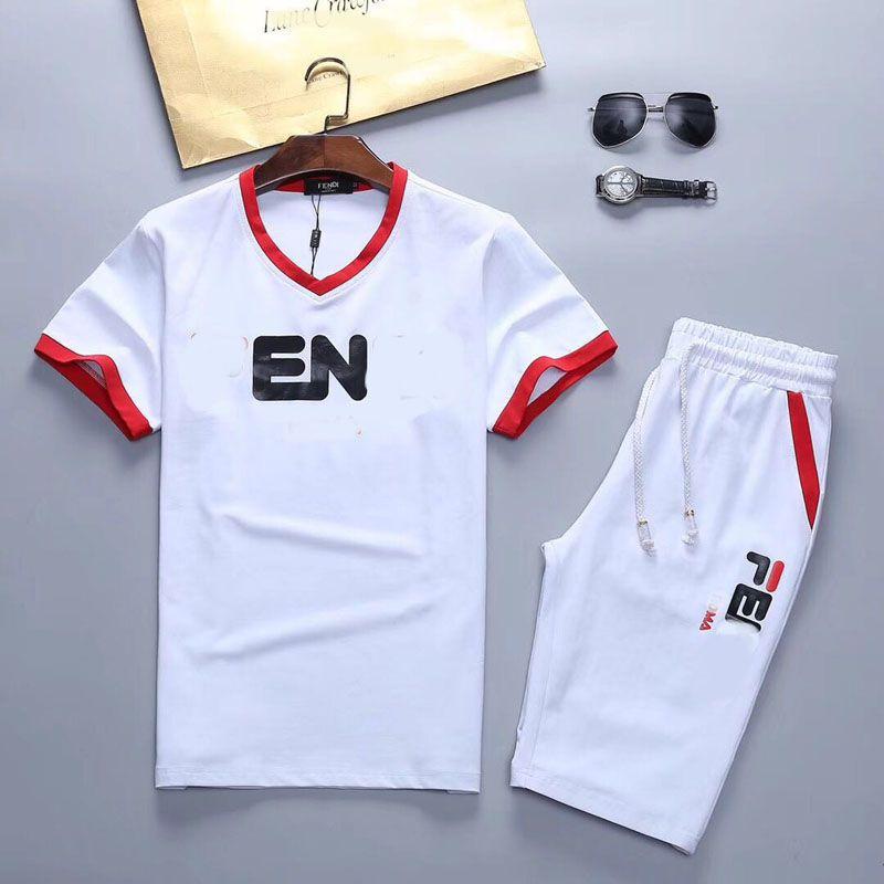 2021 Moda Hombres Diseñador Tritsuits Sets Ropa para hombre Trajes de verano Trajes de verano Camiseta de manga corta Sportswear Kits Camisa M-3XL