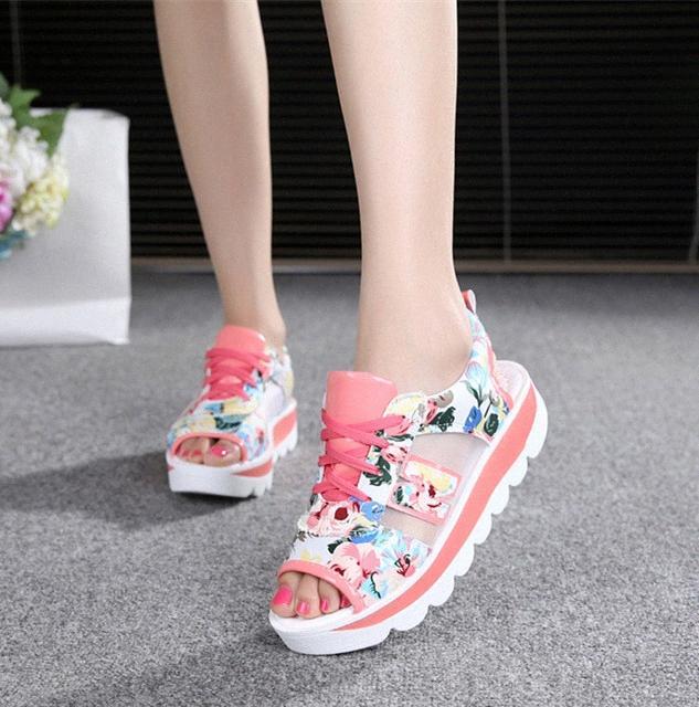 Femmes Femmes Summer Plateforme Sandales Plateforme Croîchements Casual Chaussures Femme Lacets Sandals de sport respirant Sandals Sandals de pantoufles N7IS #