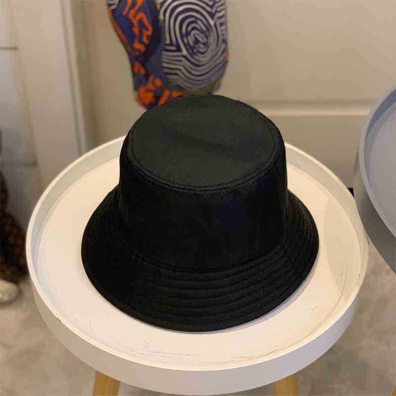 Men women luxury designer hat universal black and white fishe one size fits all summer sunscreen cornice fashion casual