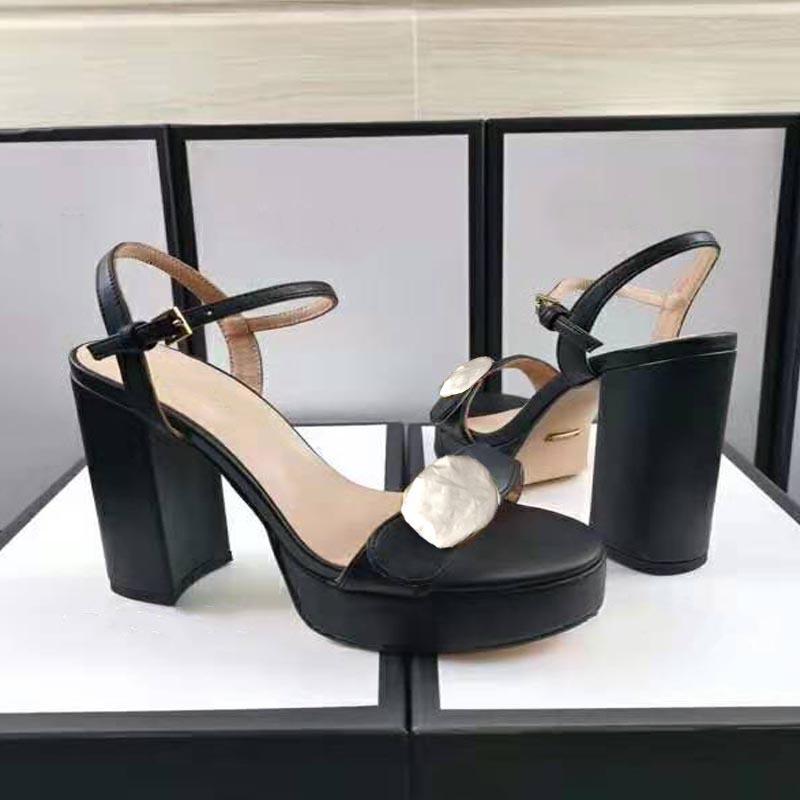 Talons hauts féminins mode sandales d'été de mode sandales en métal boucle de marque doré plate-forme de mariage dames chaussures de travail professionnels