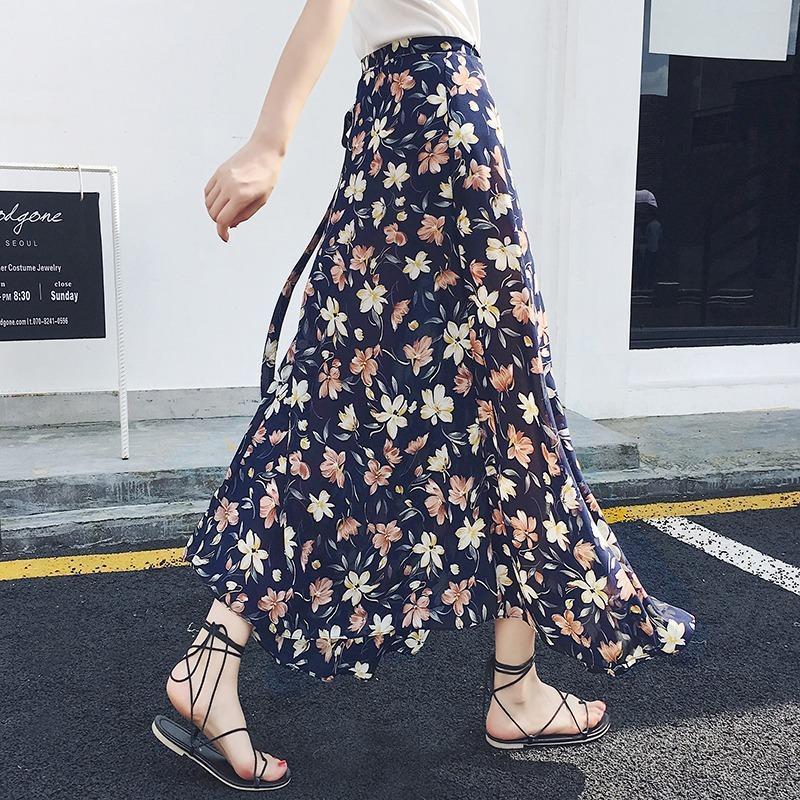 Primavera Early 2021 Nueva Moda de Mujeres Coreano One Piece Beach Chiffon Lace Up Falda Alta Cintura Floral