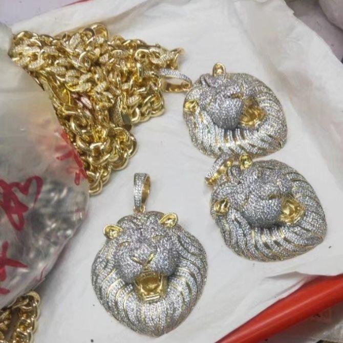 رجالي مجوهرات الهيب هوب مثلج من قلادة مصمم فاخر قلادة بلينغ الماس الكوبي ربط سلسلة المعلقات الكبيرة الأسد الراب