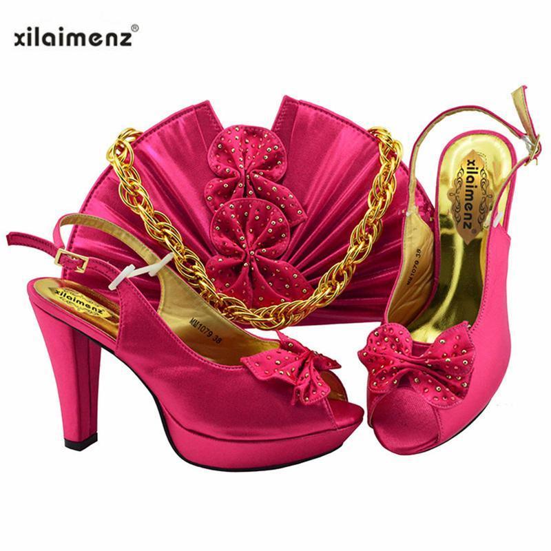 Fuşya Renk Bahar Gelenler Spike Topuklu İtalyan Kadın Ayakkabı Ve Çanta Seti Olgun Stil Parti Elbise için Süper Yüksek Sandalet