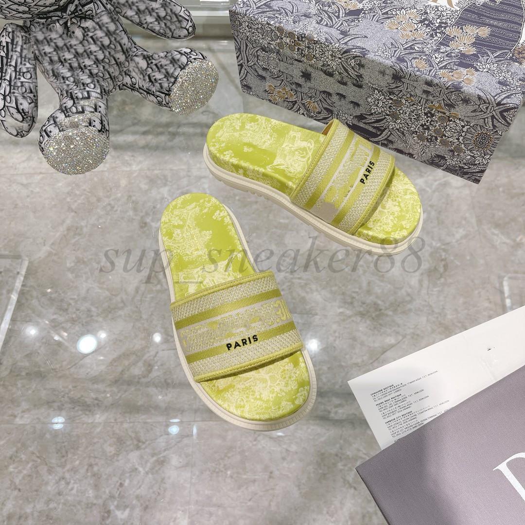 2021 París para mujer zapatillas desgastes Sandalias de verano Playa Slide Chicas Flip Flops Mocasines Hermoso tridimensional bordado por deslizadores florales azul marino