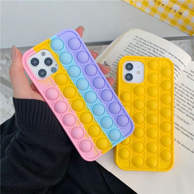 Pop It Push Bubble Telefono Custodie per iPhone 12 Mini 11 Pro Max X XS XR SE2 7 Plus 8 6 6 6 6 6S Rivivi Stress Slim Fidget Giocattolo Soft Soft Silicone Cover