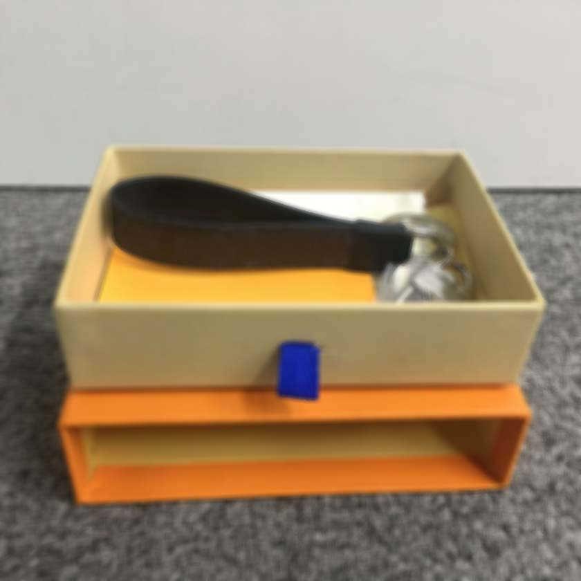 Anahtarlık L mektup derinin anahtarlık araba moda anahtarlık kutusu ile sevimli anahtar cüzdan zinciri halat zincir portachiavi kordonu