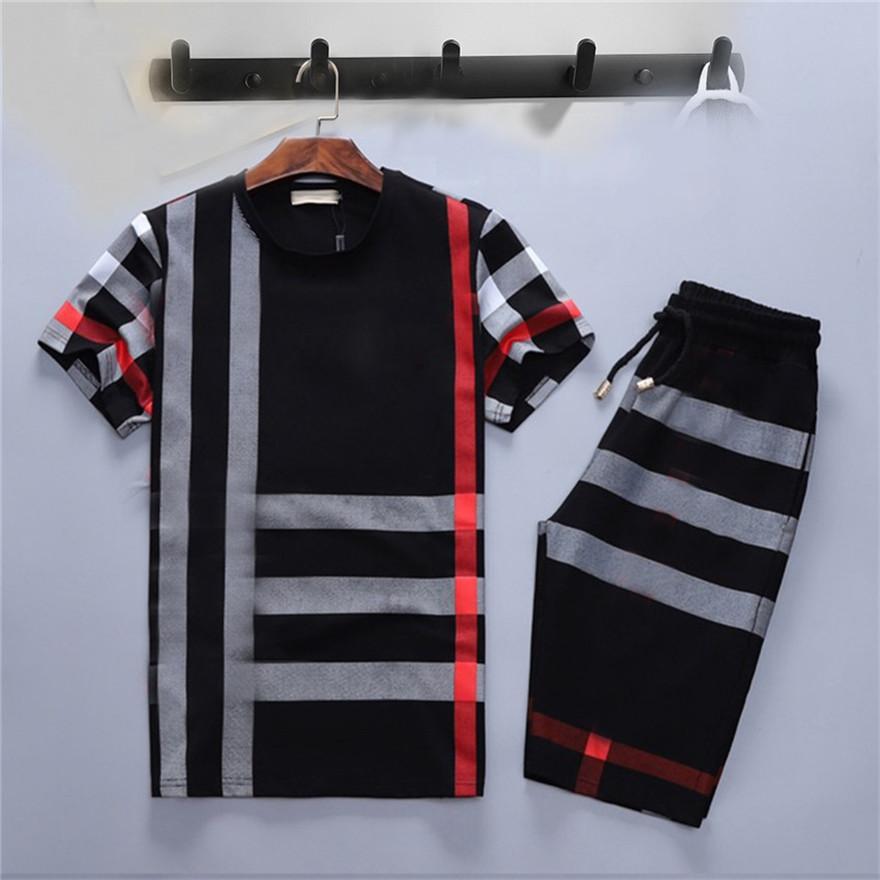무료 배달 여름 남성 디자이너 Tracksuits 조깅 정장 남성 Tracksuit 풀오버 실행 스웨터 남자 짧은 소매 바지 패션 땀 트랙 정장 M-3XL