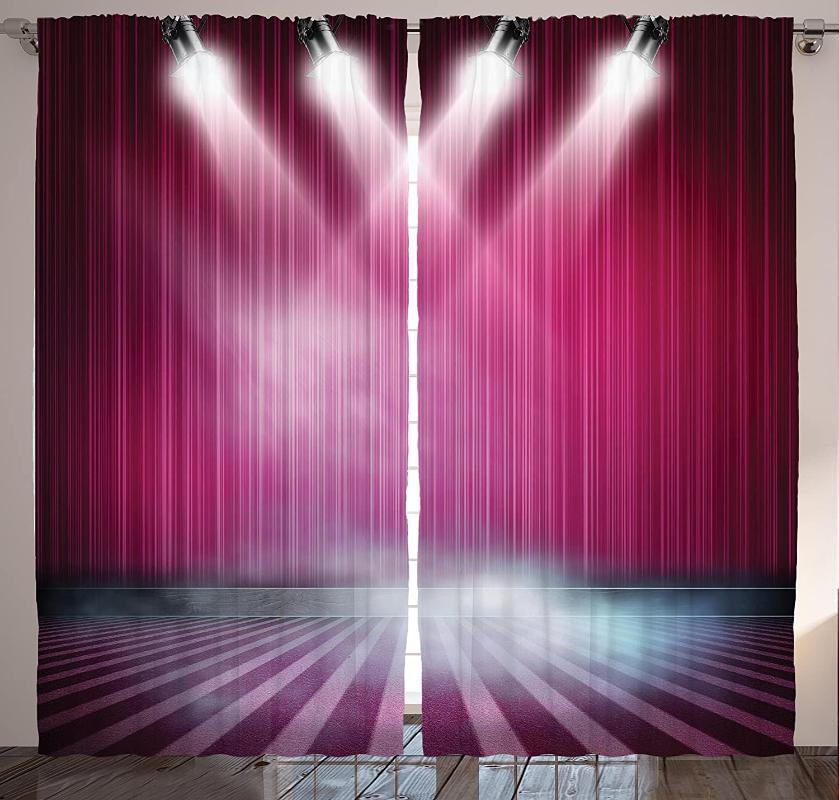 Vorhangvorhänge Theater Vorhänge Bühnen Aubergine Schauspieler und Schauspielerin, die ein Spiel ein Spiel-Wohnzimmer-Schlafzimmer-Fenster beobachten