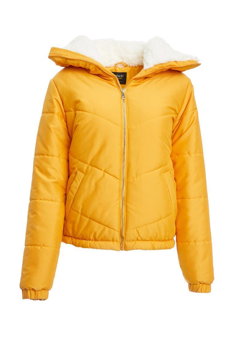 Casacos de casacos de mulher de inverno bolso com capuz casaco detalhado moda quente nova temporada