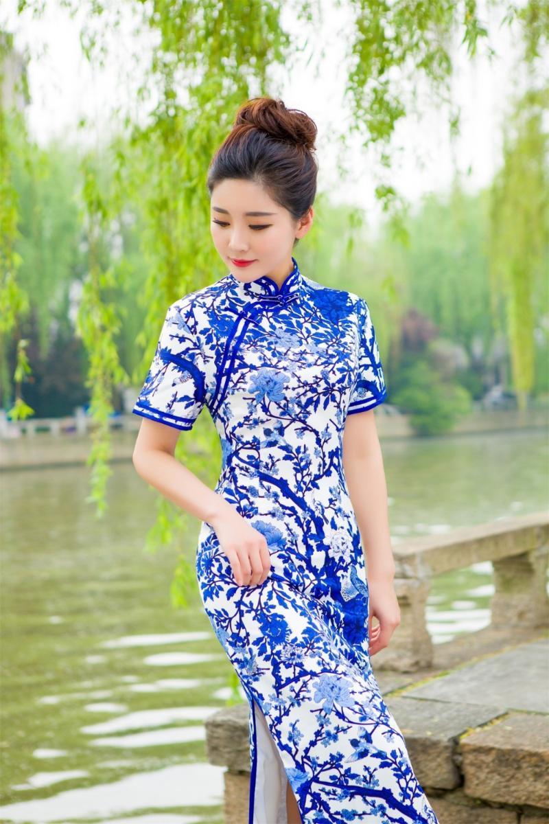 Этническая одежда Бесплатная корабль мода с коротким рукавом длинное платье Qipao старинный китайский стиль восстановления Cheongsam