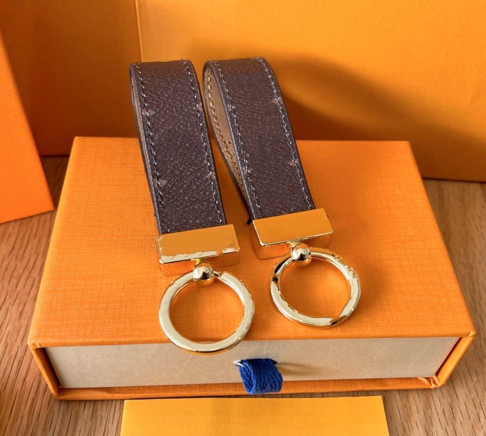 2021 Keychain Marca Designer Chaveiro Mens de Luxo Carro Keyring Womens Buckle Keychains Handmade Couro Homens Mulheres Sacos Pingente Acessórios Multicolor