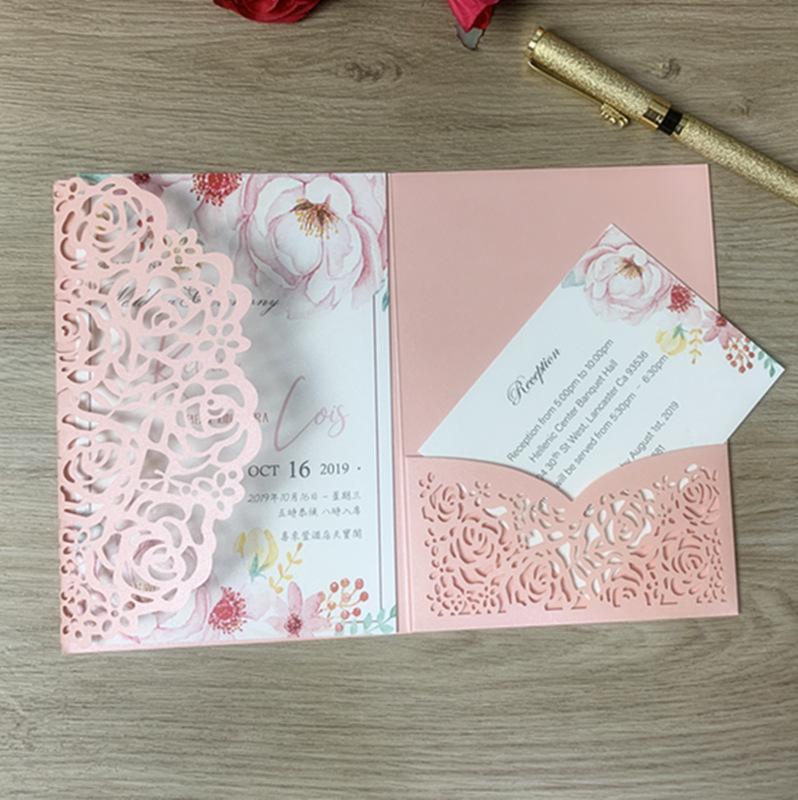 100 قطع الليزر قطع دعوة لحضور زفاف عيد أبيض الوردي الوردي الفضة ورقة شكرا لك بطاقات مع جيب الطباعة مخصصة تحية