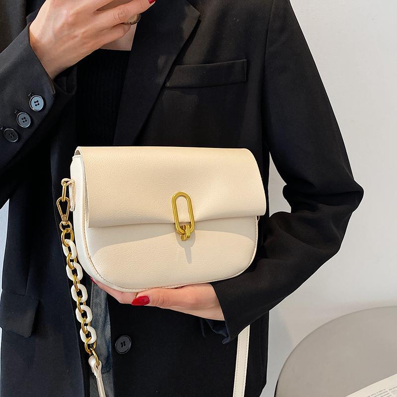 Este ano popular saco branco para mulheres 2021 nova moda na moda tendendo verão mensageiro versátil saco um ombro saddle saco