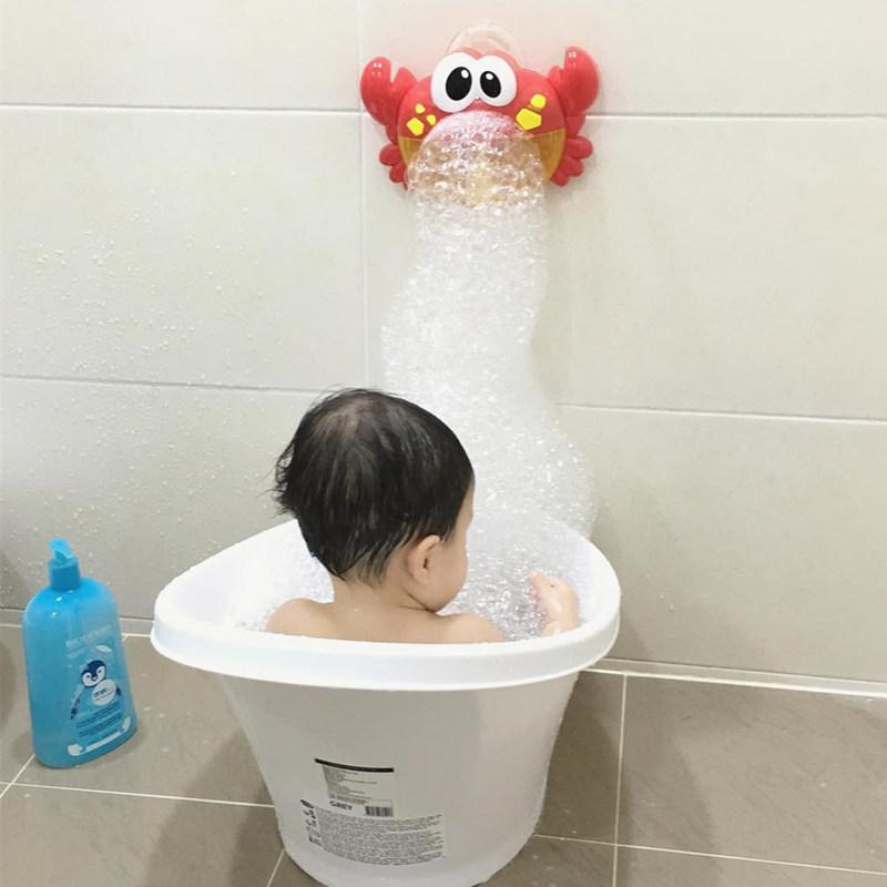 Çocuklar sıçramasına su banyosu oyuncaklar Yengeç üfleme kabarcıkları makinesi eğitici banyo yapma