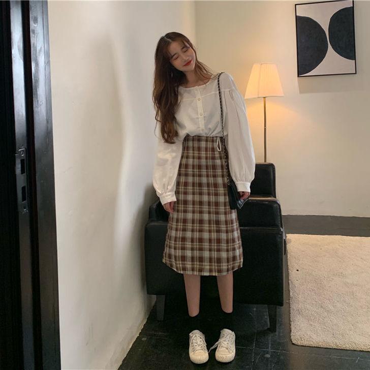 Chemise blanche de niche de style coréen pour femmes haut + jupe demi-longueur à carreaux Jupe en deux pièces 210525