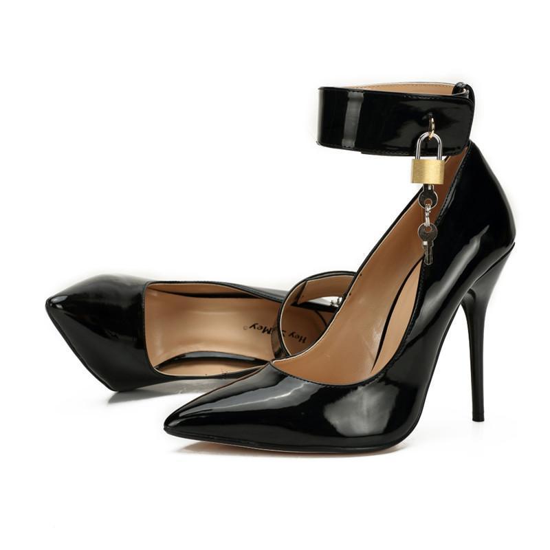 Cross Cresser Sexy Stiletto Plus: 40-46 Pad Lock Zapatos Muyer Punto puntiagudo Toe Tokle Strap Zapatos Mujeres 12 cm Tacones de metal Tacones de metal Vestido