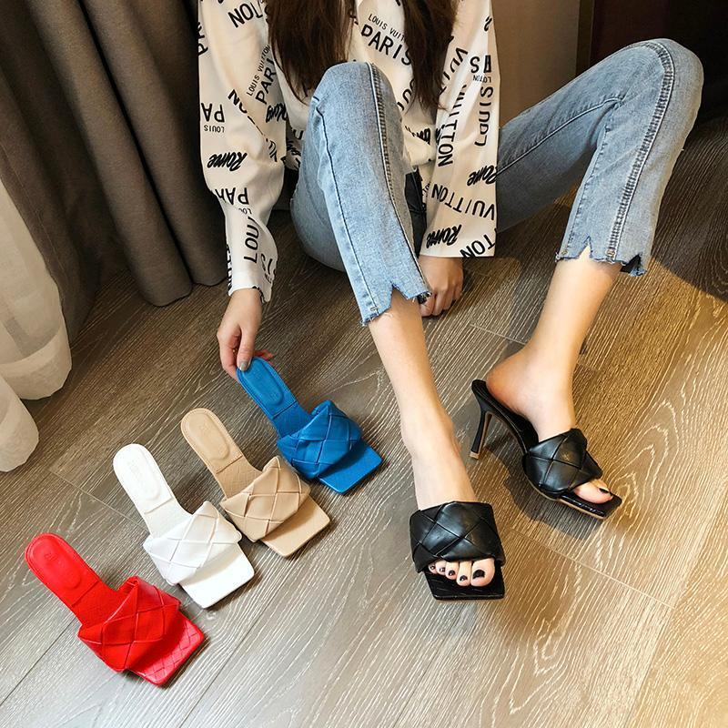 Kadın Kare Açık Toe Topuklu Sandalet Stiletto Katırtı Kapitone Yüksek Topuk