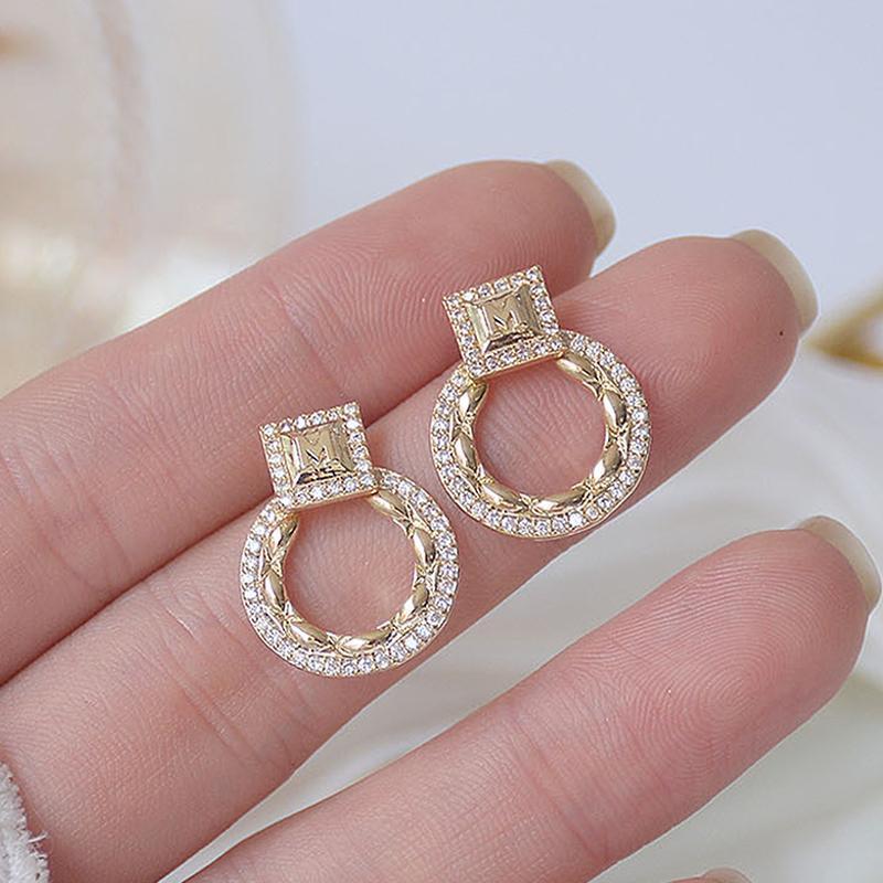 Corea che vende gioielli di moda 14k Real placcatura oro placcatura in rame intarsiato zirconi orecchini elegante quadrato rotondo lampadario pendenti da donna