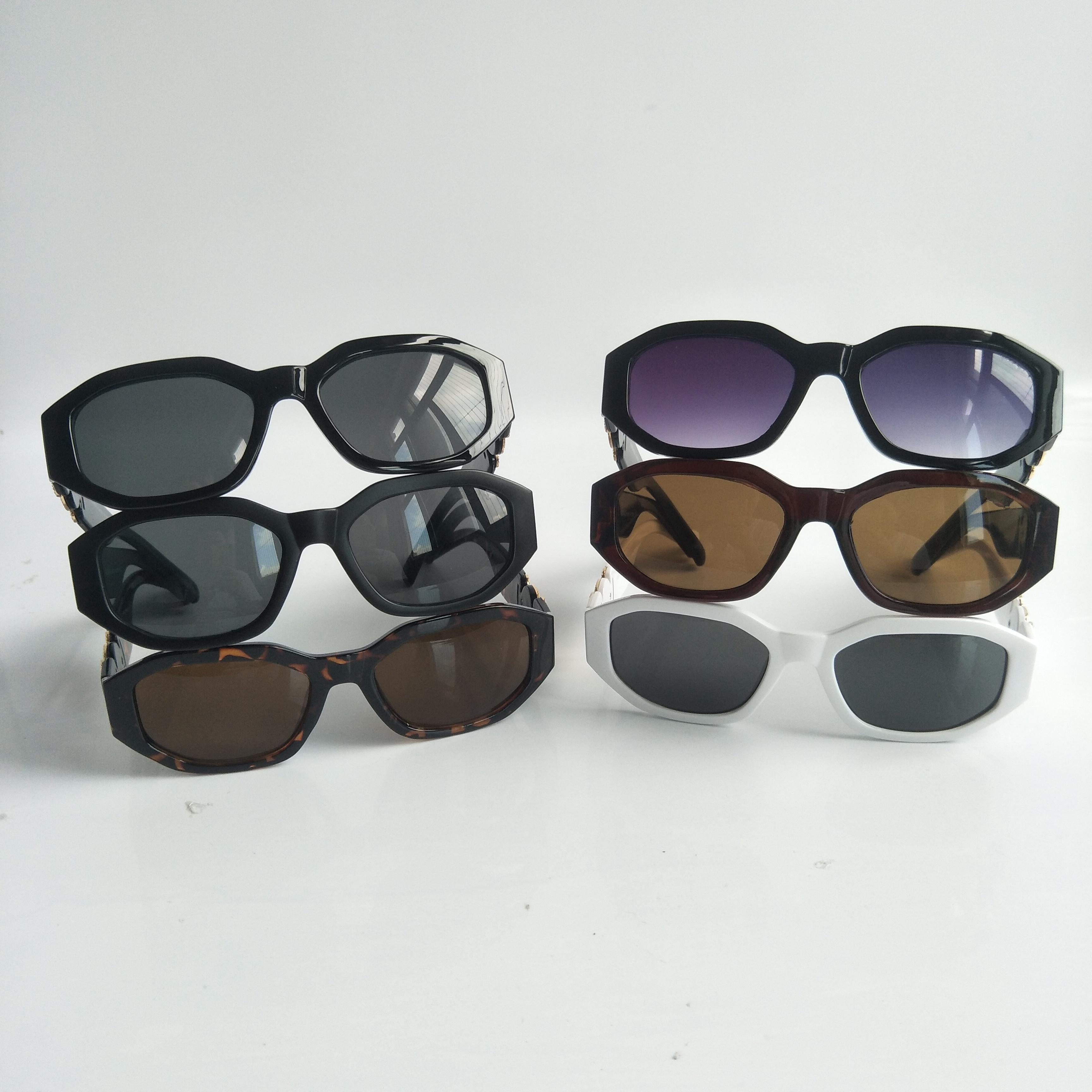 남성 불규칙한 작은 프레임 선글라스 숙녀 디자이너 안경 패션 안경 상자 및 케이스 10 색