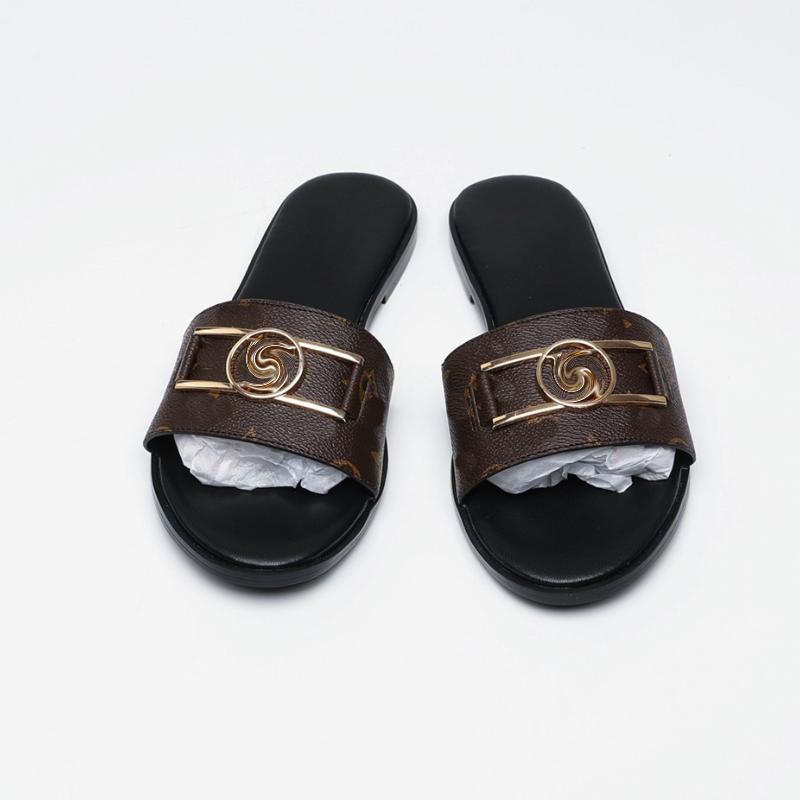 Kadınlar Gingham moda aşk sandalet sandalet altın metal dekorasyon ile siyah kahverengi ve beyaz plaj slaytlar