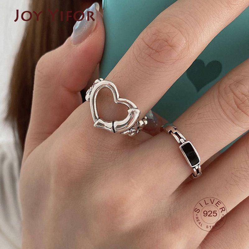 Kadınlar için 925 Ayar Gümüş Parmak Yüzük Çiftler Yeni Moda Yaratıcı Hollow Aşk Kalp Zinciri Geometrik Gelin Takı Y0426