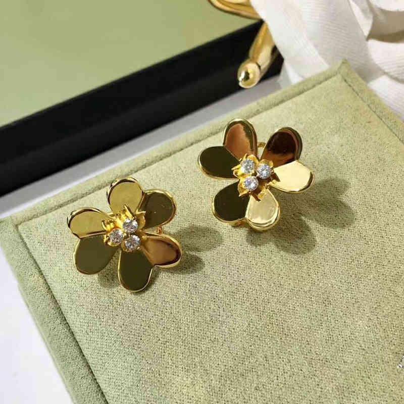 العلامة التجارية النقي 925 فضة مجوهرات للنساء الذهب اللون أقراط زهرة أقراط الحظ البرسيم تصميم حفل زفاف أقراط 210323
