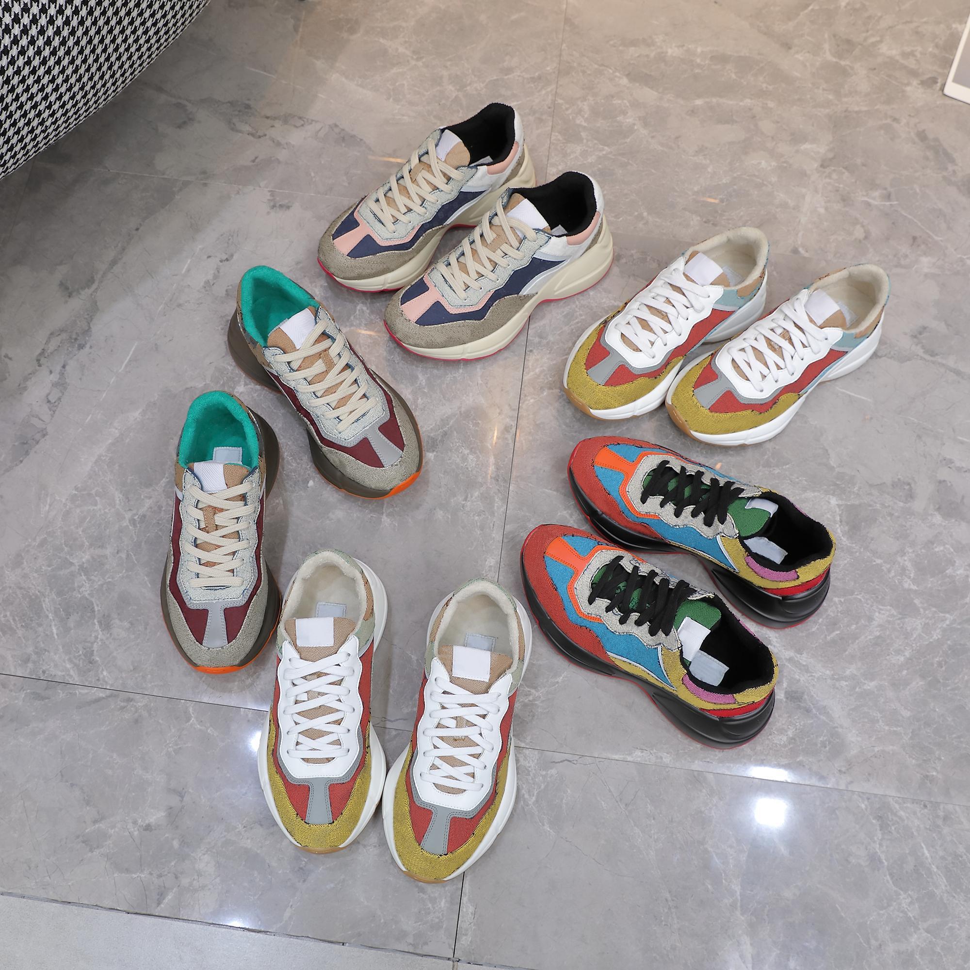 Rhyton Повседневная Обувь Кроссовки Мужчины Женщины Толстый Оболежный кроссовки Марка Реальный Кожа Роскошный Дизайнер Chaussures Комфортабельные Сравнистые Мода Белый Италия Ace Bee Платье