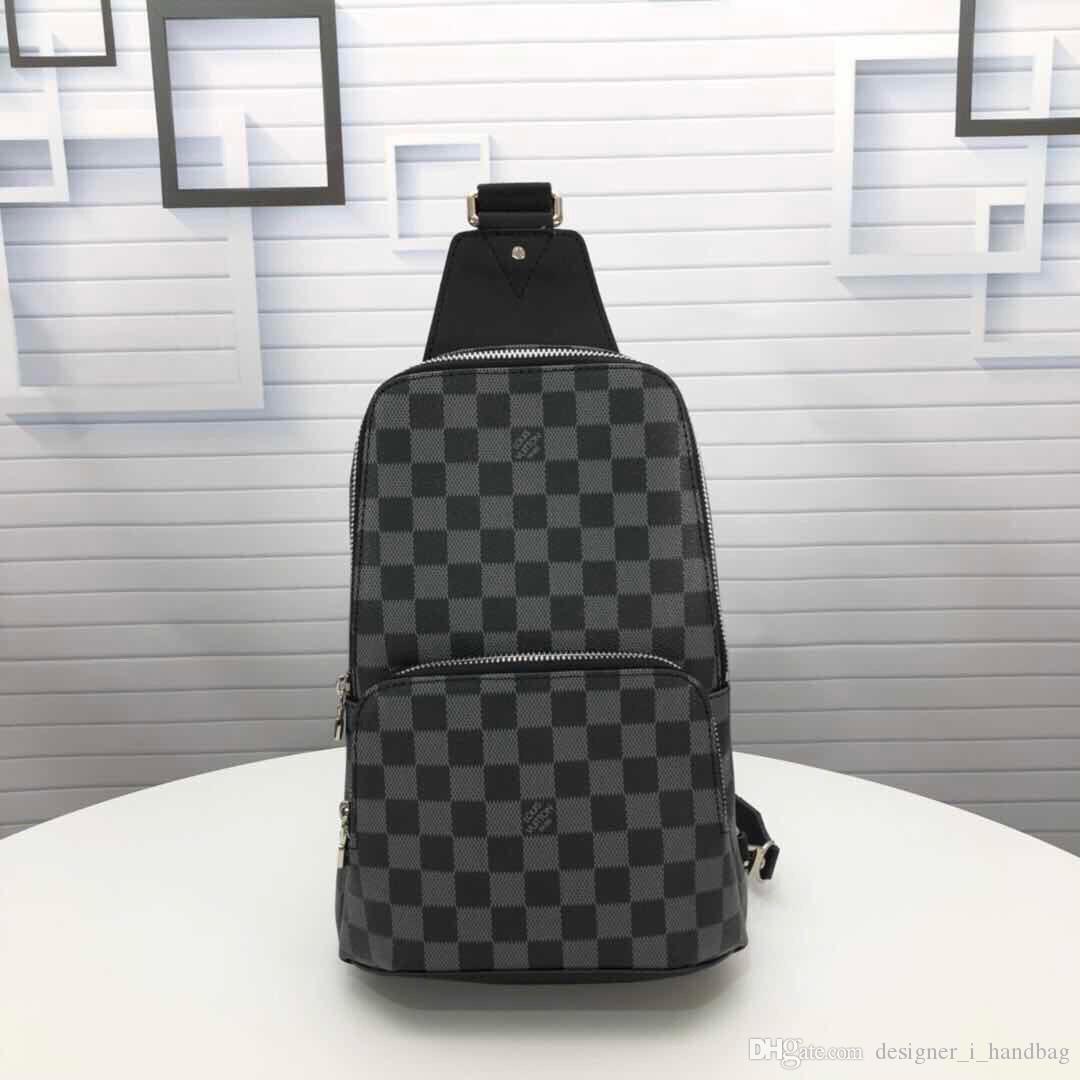 Berühmte Marke Handtasche Designer Messenger Bag Luxus Herren Brusttasche Klassische Blumenbrief Gestaltungselement M41719