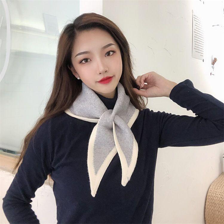 Корейская версия новой осени и зимнего шерстяного вязаного шарфа дамы зимний цвет соответствует дикому мини треугольник шарф теплый маленький шарф